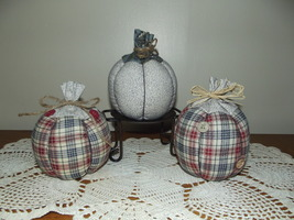 Handmade Fall Stuffed Pumpkins Country Rustic Primitive Halloween Patrio... - £21.75 GBP