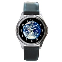 Earth Unisex Round Metal Watch Gift model 18970164 - $13.99