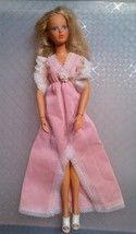 1975 IDEAL TUESDAY TAYLOR DOLL WITH ORIGINAL TAGGED  DRESS AND SHOES - $19.68