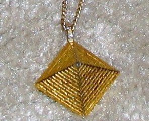 Vintage late '70's Goldtone Chain with Pendant