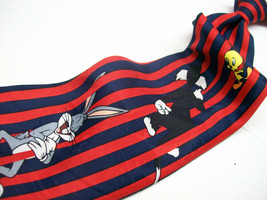 LOONEY TUNES MANIA  Stripes with all the Characters  Mens 100  Necktie 6-619 - $19.99