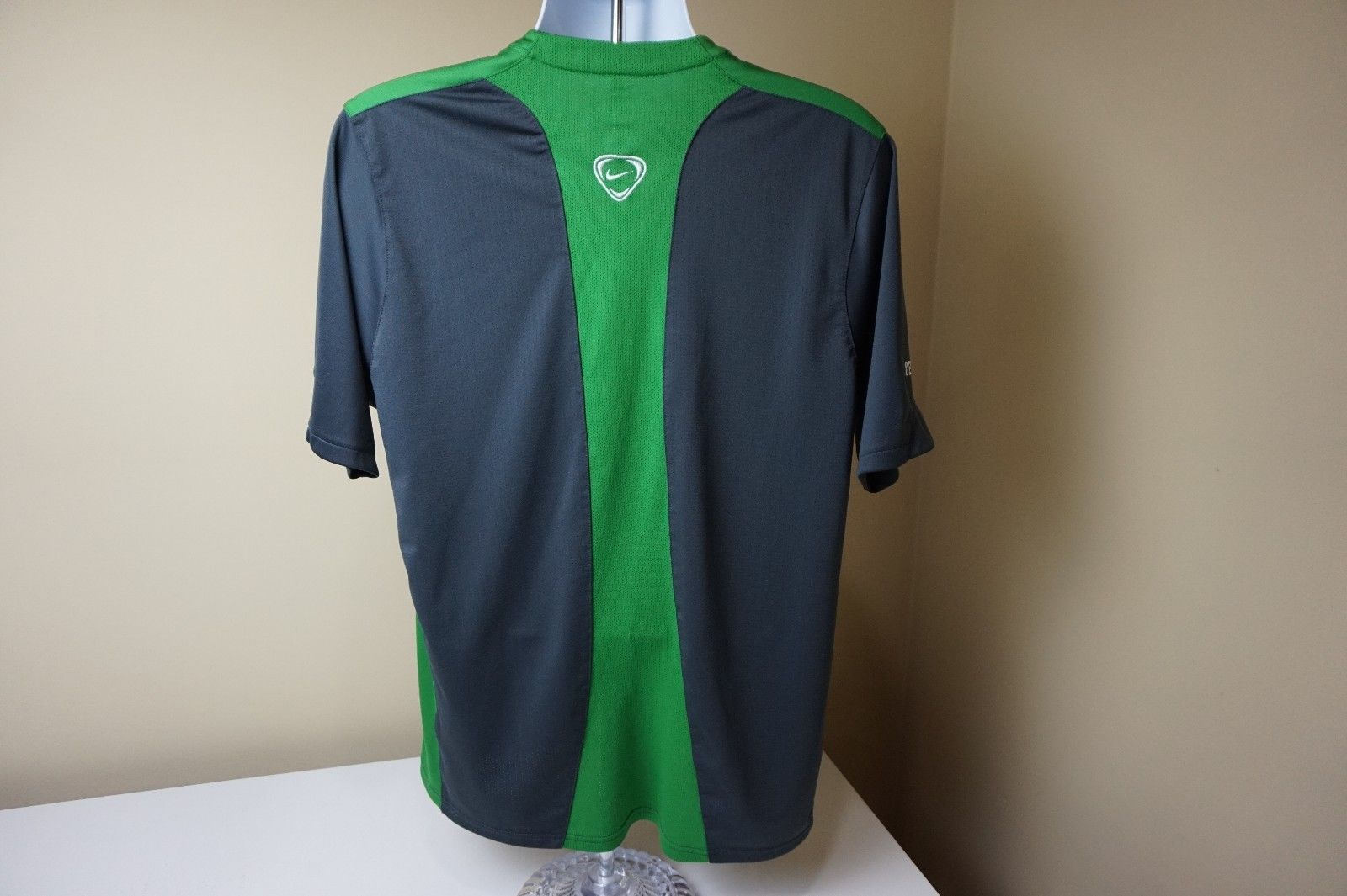 1c774c0b0 Celtic Soccer Jersey FC Football Club Scotland Nike Carling shirt Large Dri  Fit
