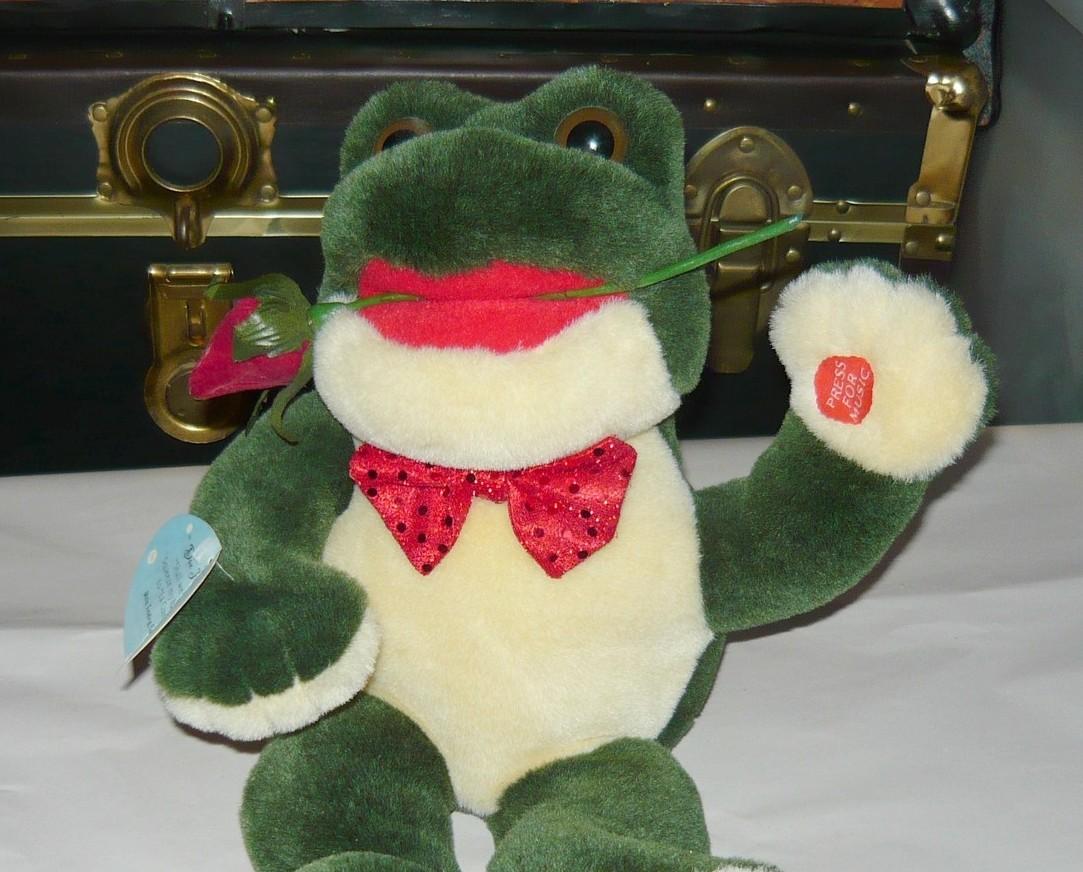 """Shall We Dance""? Big Musical Tango Frog with Rose"