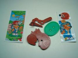 Kinder - K02 7 Hedgehog + paper + sticker - Surprise egg - $1.50