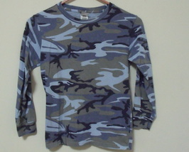 Boys Code V Blue Camouflage Long Sleeve Shirt Size M - $4.95