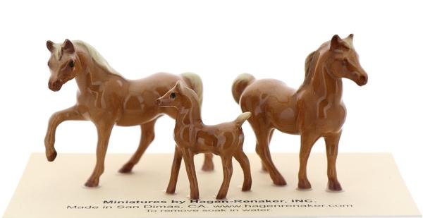 Tiny horses21