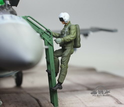 USAF Fighter Pilot Climbing into airplane 1:32 Pro Built Model #2 - $39.58