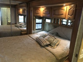2006 Newmar Mountain Aire 4304 For Sale In Fairport, NY 14450 image 12