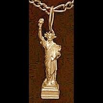 LOOK New York gold vermeil STATUE OF LIBERTY Charm Jewelry - $372,04 MXN