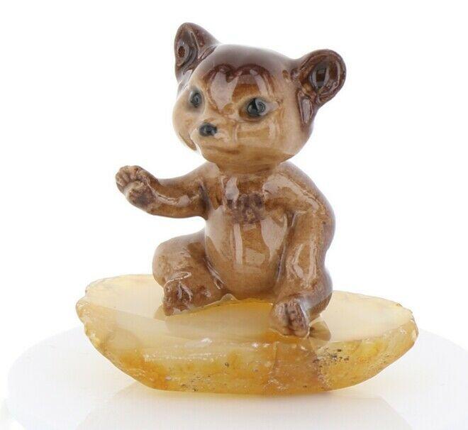 Hagen Renaker Miniature Baby Bear Cub Sitting on Base Stepping Stones #2762