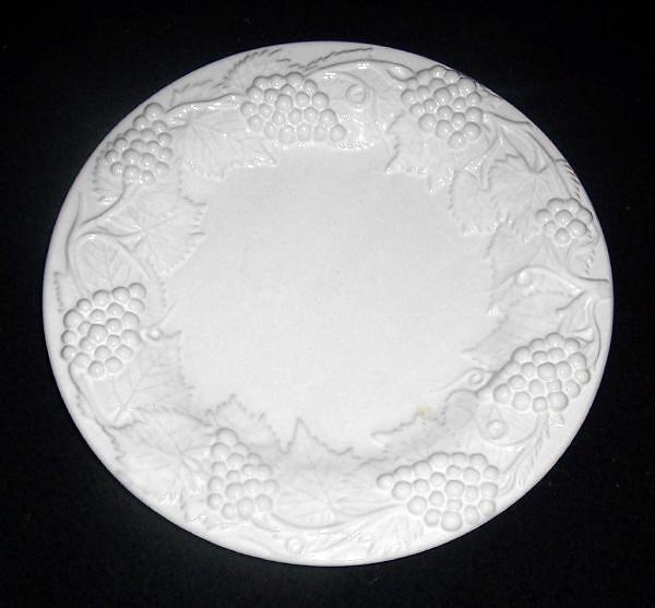 Vintage majolica bordallo pinheiro white and 50 similar items - Bordallo pinheiro portugal ...