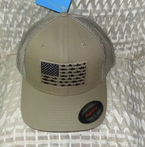 Columbia Men's PFG Mesh Ball Cap Tusk/Fish Flag  L/XL - $22.52