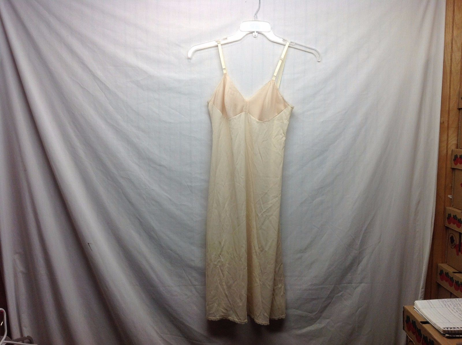 Vanity Fair Semi Sheer Ivory/Champagne Slip Dress w Lace Trim Sz 32L