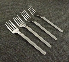 "Set of 4 Salad Forks ""Line"" The Main Course Stainless 6 3/8"" Ribbed Japan - $39.95"