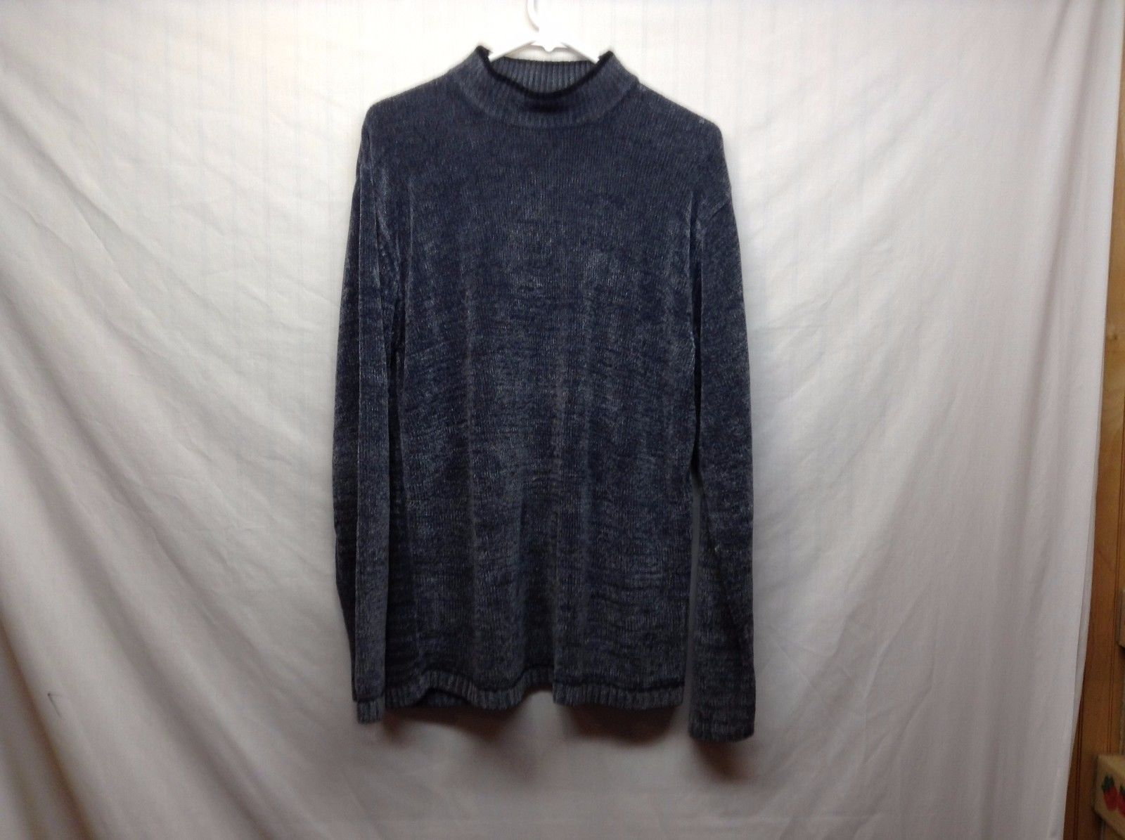 Claiborne Gray Black Collared Sweater Sz LG