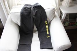 Air Jordan Youth Sweat Pants  Black Large 12-13 Yrs  - $13.85