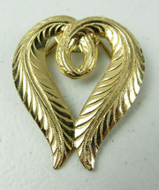 Vintage Jeri Lou Gold Tone Feather Heart Scarf Clip Brooch - $19.00