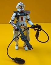 STAR WARS ™ - Hasbro ROTS Clone Trooper Commander Red Figure - Mint Cond... - $22.83