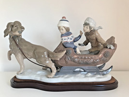 Lladro 5037 Sleigh Ride Retired Glazed Perfect condition 01005037 Base Incluided - $756.36