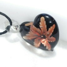 Black Murano Style Art Glass Heart Pendant With Flower Inclusion R01 - $6.92