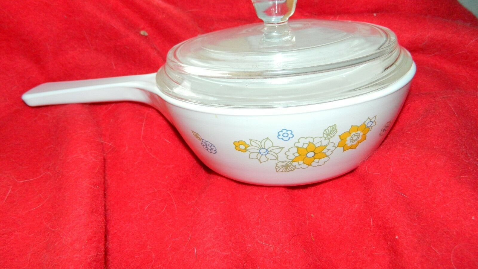 Primary image for CORNING WARE FLORAL BOUQUET 1 PINT SAUCEPAN WITH LID P-81-B FREE USA SHIPPING