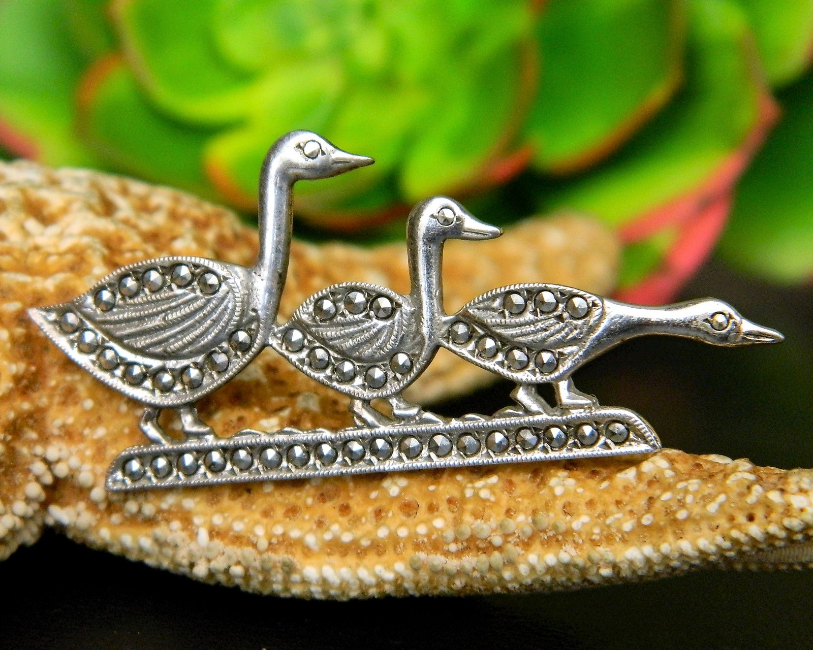 Vintage Trio Ducks In A Row Sterling Silver Marcasite Brooch Pin Geese