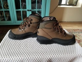 Orvis River Guard Ultralight Wading boots w/ Vibram soles and studs - Me... - $75.00