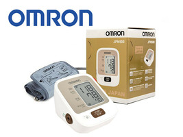 Omron Fully Automatic Blood Pressure Monitor JPN500 with IntelliSense Te... - $78.39
