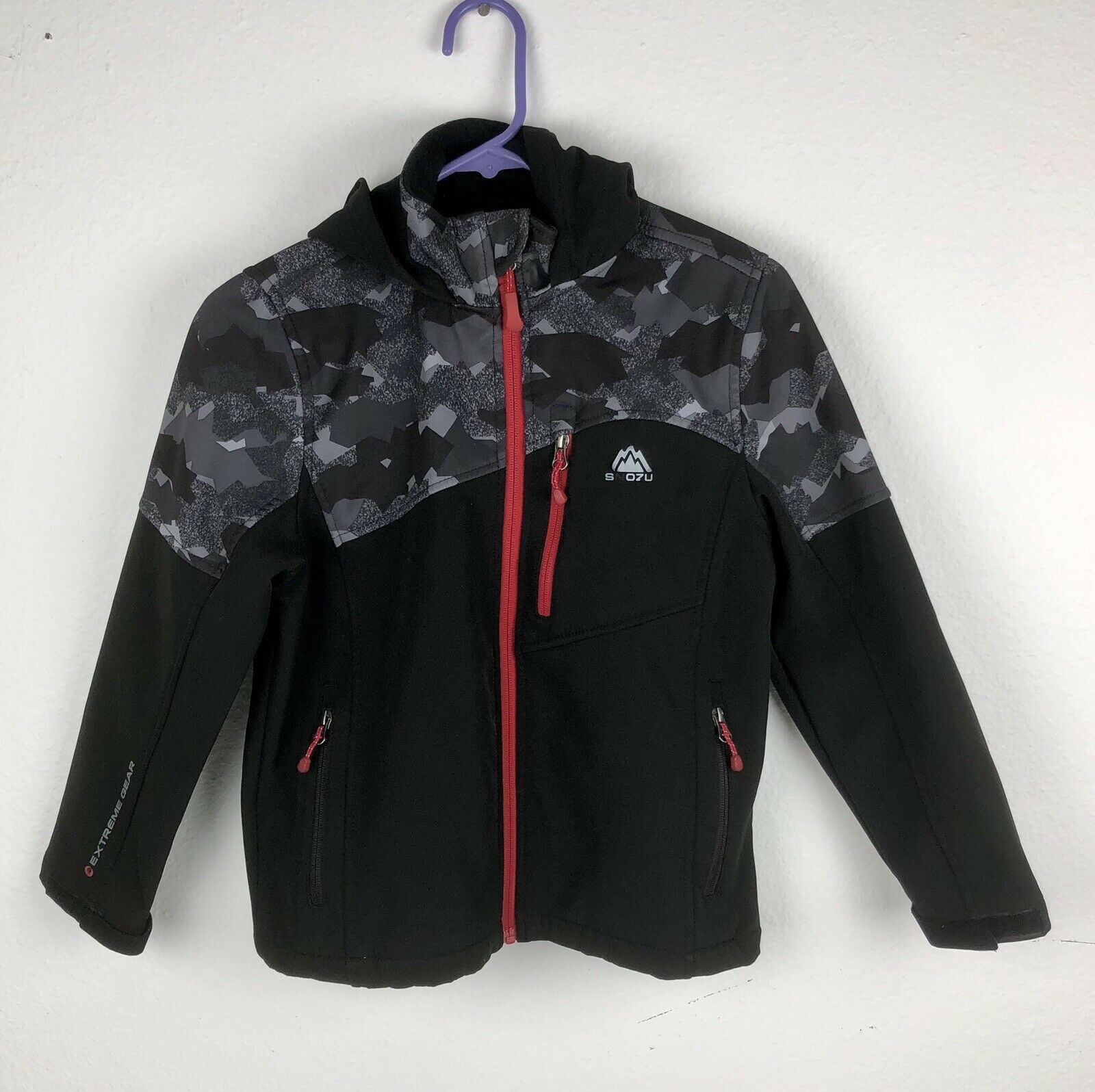 Primary image for Snozu Boy M 10/12 Full Zip Hooded Softshell Jacket Gray Red Camo C-1