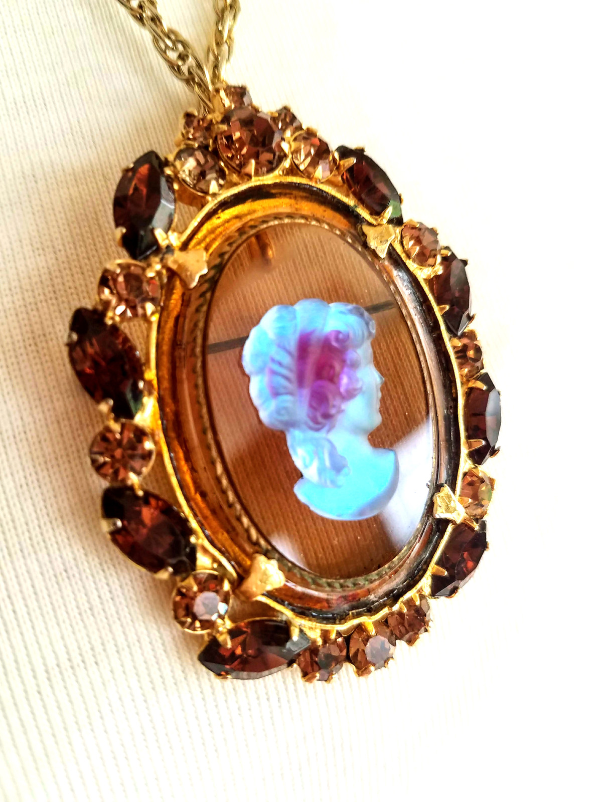 Vintage D&E Juliana Cameo Brooch Pin Pendant Necklace, Rhinestone Brooch Pendant image 11