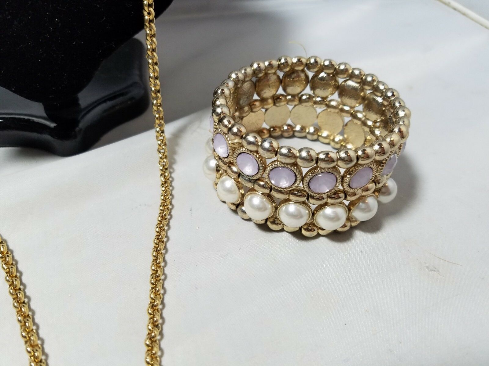 Vintage Fashion Jewelry Set Gold Tone Faux Pearl Necklace Pendant Bracelet & Ear
