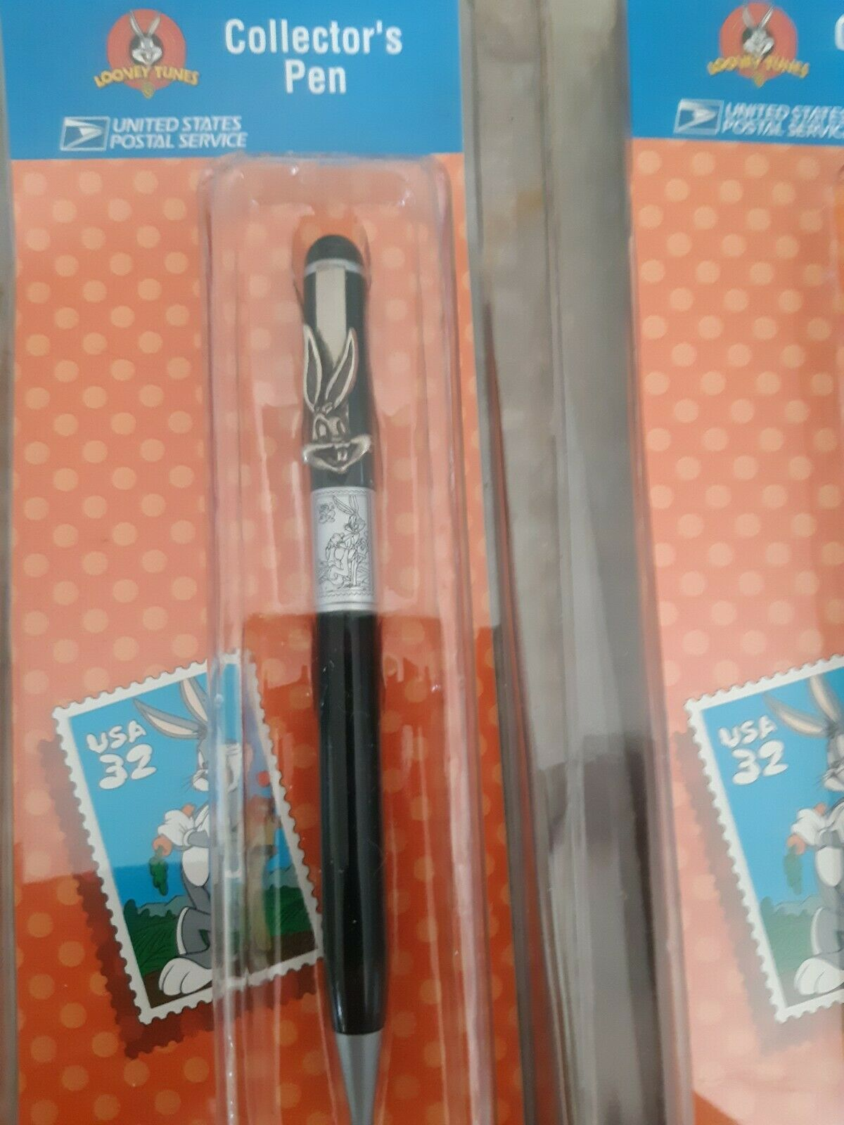 Set of 3 Looney Tunes Stamp Collection Pens Bugs Bunny Taz And Tweety Blue Red