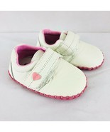 F Better Baby Girls Sneaker Faux Leather Soft Sole Hook & Loop Ivory Size 3 - $14.50