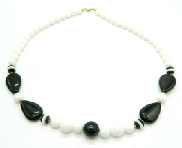 Black White Teardrop Acrylic Bead Beaded Gold Tone Vintage Choker Necklace - $19.79