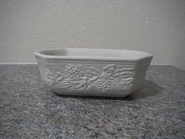 Longaberger Nature's Garland pottery dish pinec... - $11.30