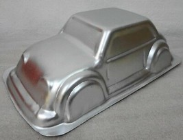 Wilton 3-D Cruiser Car Automobile Aluminum Cake Pan 2105-2043, 2001 - $27.93