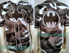 Batman Baseball Rétro Camouflage Authentique T-Shirt Jersey Dc Marvel Comics - $83.66