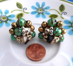 Earrings 1950s Cluster Clips Green Black Gold Filigree Caps Wired Japan Fashion  - $20.00