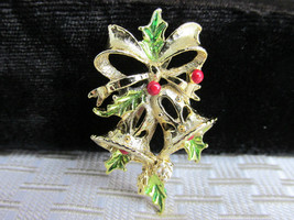 Vintag GERRY'S Ringing Holiday Bells GoldTone Pin Green Holly Leaves Red... - $12.59