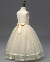Cute Frist Communion Dress Scoop Flower Girls Dresses Floral Summer Party Gowns  image 3