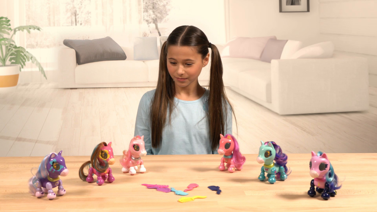 Zoomer Zupps Pretty Ponies– Dixie,Interactive Pony with Lights, pocket-sized