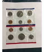 UNITED STATES MINT 1989 UNCIRCULATED COIN SET, WITH D AND P MINT MARKS - $7.52