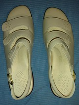 SAS Tripad Comfort Open Toe Sandal Women's - 8.5 Narrow - Quatro Bone - New - $59.97
