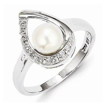 STERLING SILVER FRESHWATER PEARL & DIAMOND RING -  SIZE 6 - $39.78