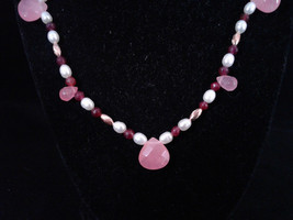 "19.5"" Beaded Necklace, Pink Jade, Genuine White Pearl, Red Jade, Handmade, #467 - $40.00"