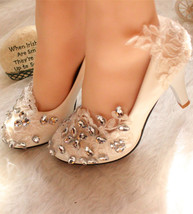wedding pumps ivory,ivory swarovski shoes,lace closed toe heels,lacy shoes - $38.00