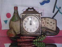 Kitchen Clock Wine & Cheese - Burwood #460 Wall Decor 1973 - $6.30