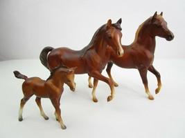 "2 Breyer Classic Horses Family Mare Stallion 1 Colt Brown 7"" & 4.5""  - $29.61"