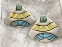 Vintage Ceramic Clip On Earrings IN Yellow Gold Green & Blue - $9.00