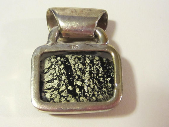 Sterling silver 925 mixed black & white cabochon pendant